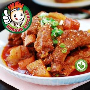 [HEAT & SERVE] Kimchi Dwaeji Kalbi Jjim (Kimchi Pork Rib Stew) 500g